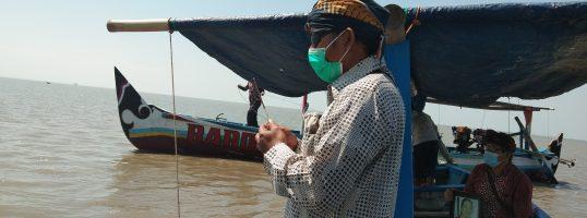 Dokumentasi Upacara Larung Abu Bali dan Kremasi