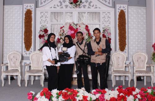 Jasa Foto Pernikahan, 085748226395 Ririsaci Studio