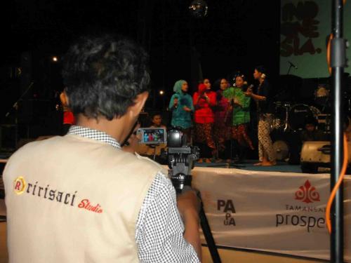 Ririsaci-Studio-Jasa-Video-Shooting-Surabaya-Sidoarjo-Bapak-Muslimin-Pentas-Seni-17-Agustus